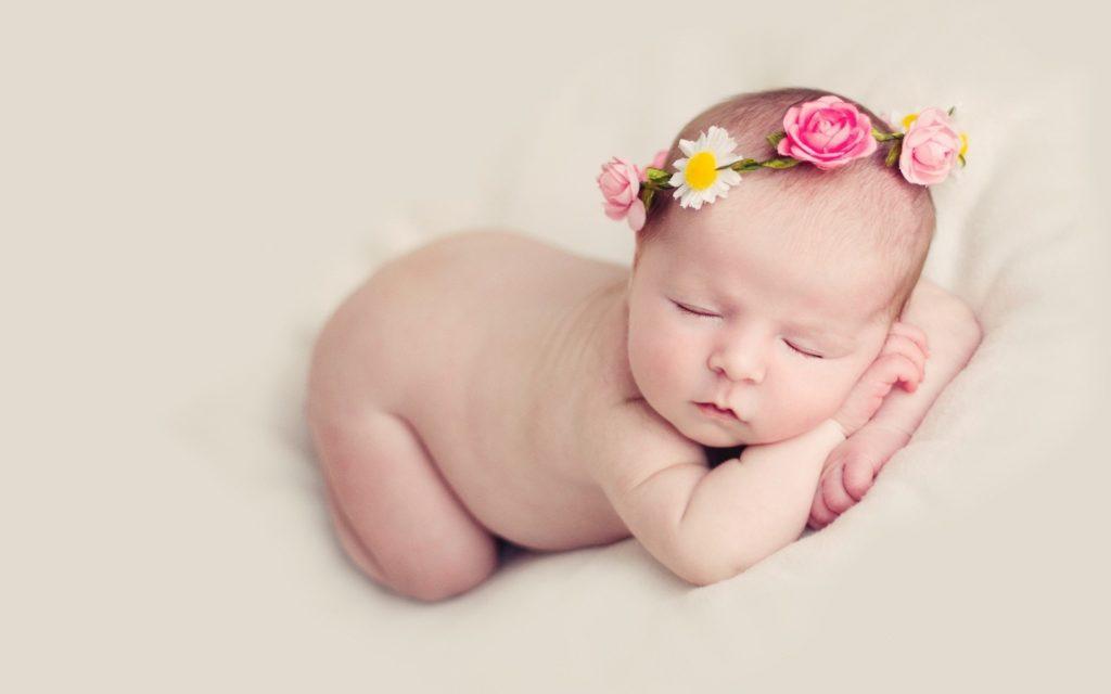 Como é o Desenvolvimento Neuropsicomotor de um bebê até os 4 anos de idade